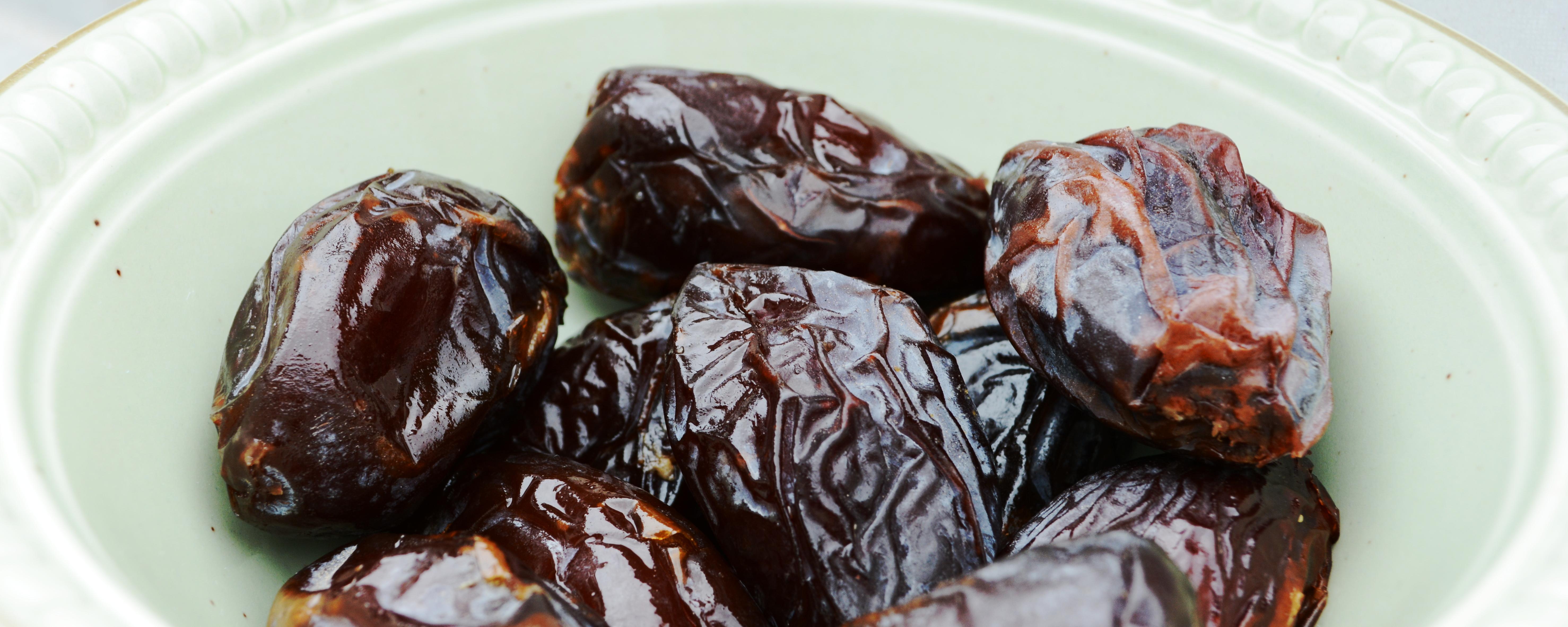 Die Medjoul-Datteln sind große, saftig und sehr süße Früchte.