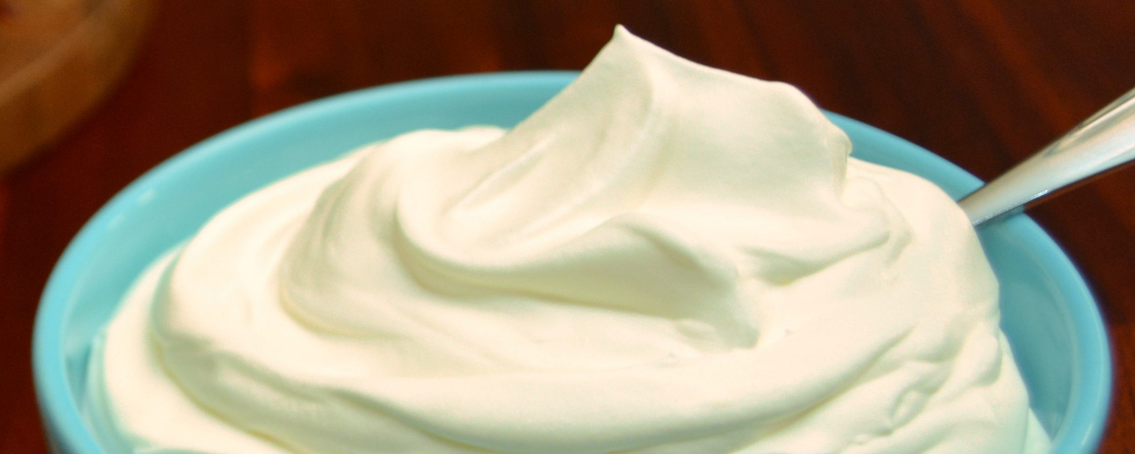 Schlagfix von Leha verhält sich genauso wie die Milchvarianten. Nehmt einfach euren Handmixer und los geht's!