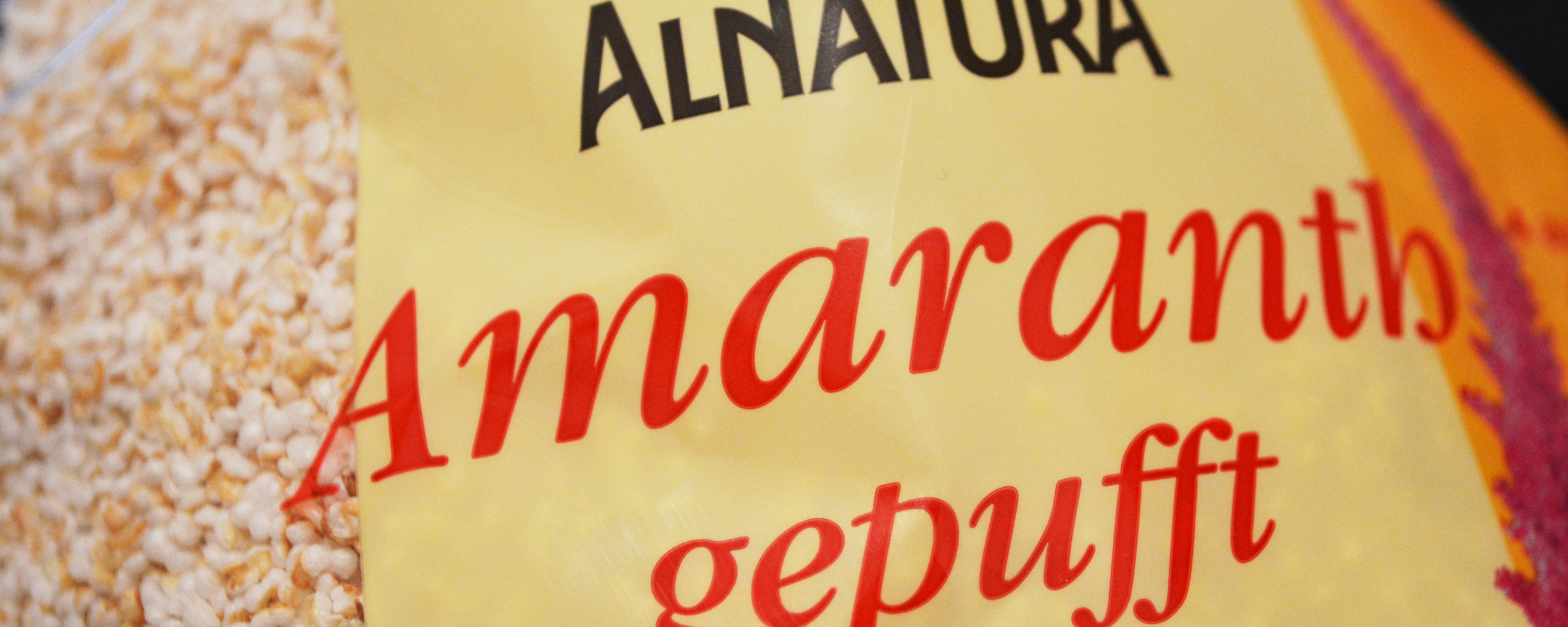 Von Alnatura, aber auch von anderen Marken gibt es Amaranth in verschiedenen Formen.